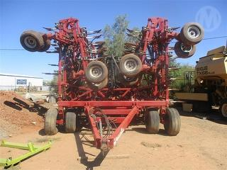 2011 Amity Technology EA6010 air Seeder Sold with 2014 Bourgault 6450 AU Photo