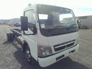 2010 Mitsubishi Canter Cab Chassis GVM 8,200kg Photo