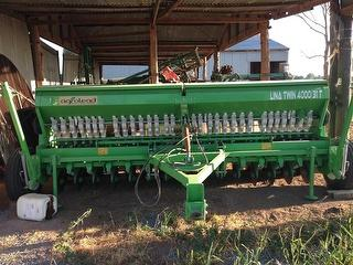 2017 Agrolead 4000/31T Disc Seed Drill Photo