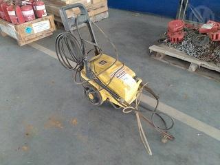 Pacific Super Blaster 100 Pressure Washer Photo