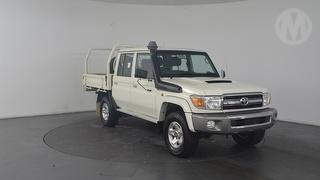 2014 Toyota Landcruiser 76/78/79 Series GXL 4D Dual Cab Chassis Photo