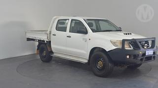 2014 Toyota Hilux 150 SR 4D Dual Cab Chassis Photo