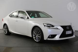 2015 Lexus IS300h Sports Luxury Hybrid 4D Sedan Photo