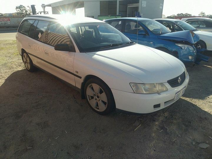 Damaged 2003 Holden Commodore VY Executive Station Wagon For
