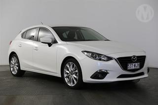 2015 Mazda MAZDA3 Gen III SP25 5D Hatch Photo