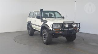1995 Toyota Landcruiser 80 GXL 5D 4WD Photo