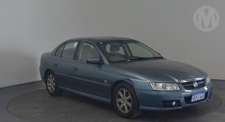 2004 Holden Berlina VZ Sedan Photo