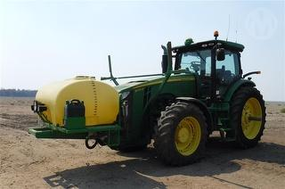 2014 John Deere 8235R Tractor FWA Photo