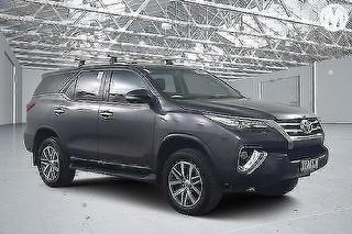 2016 Toyota Fortuner Crusade 5D 4WD Photo