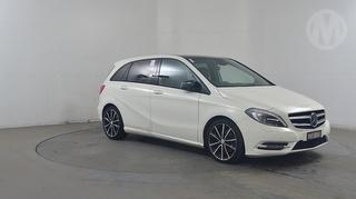 2013 Mercedes-Benz B 250 BlueEFFICIENCY 5D Hatch Photo