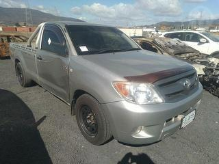 2005 Toyota Hilux P/up Photo