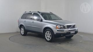 2010 Volvo XC90 5D S/Wagon Photo