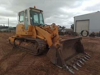 2002 Liebherr LR 622 Track Loader Track Loader 4:1 Bucket With Teeth, Rear 3 Shank Rippers & Low Hou Photo