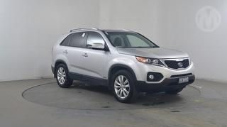 2010 Kia Sorento Platinum DSL A/T 5D S/Wagon Photo