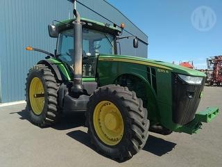 2015 John Deere 8310R FWA Tractor Photo