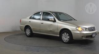 2005 Nissan Pulsar N16IV ST 4D Sedan Photo