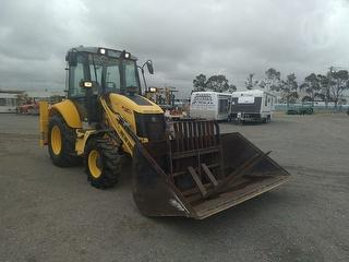 2010 New Holland B110B Loader (Front End) Photo