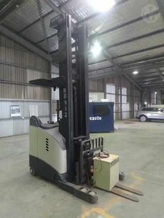2010 Crown RD5700 Stand Up Forklift (Reach) SWL 1,360kg Photo