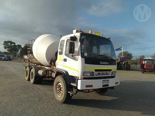 2005 Isuzu FVZ Concrete Agitator GVM 24,000kg Photo