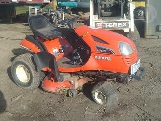 Kubota T1880 Mower (Ride on) Photo