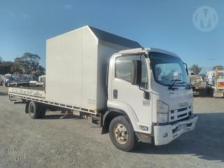 2015 Isuzu FRR 500 X-long Tray . GCM 16,000kg Photo