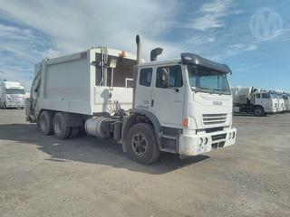 2009 Iveco Acco 2350G Garbage Compactor (Rear L GCM 30,000kg Photo