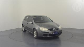 2005 Volkswagen Golf V ComfortLine 5D Hatch Photo