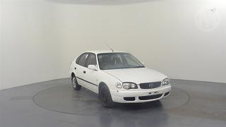2001 Toyota Corolla AE11 Ascent Seca 5D Hatch Photo