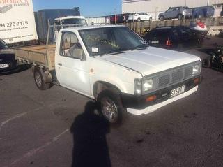 1991 Nissan Navara Cab Chassis Photo