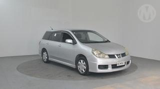 2006 Nissan Wingroad 5D Station Wagon Photo