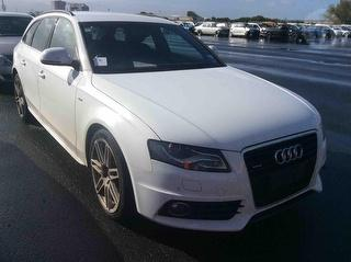2009 Audi A4 TDI Q AVANT Station Wagon Photo