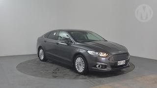 2016 Ford Mondeo Trend 5D Hatch Photo