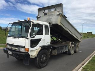 1999 Mitsubishi Fighter FN527S Tipper ***athy Place Auckland*** GVM 21,800kg Photo