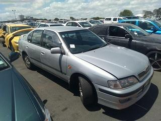 2001 Nissan Primera 2.0 GXE Sedan Manua Sedan Photo