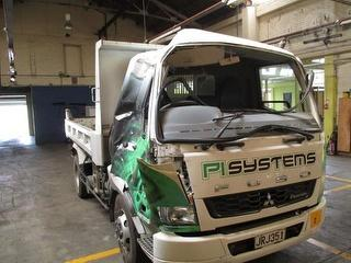 2013 Mitsubishi Fuso Fighter Tipping Tray *** Palmerston North *** Cab And Structural Damage *** GVM Photo